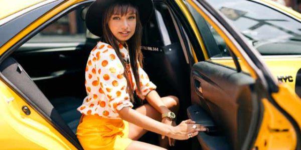 gett_taxi_girl3